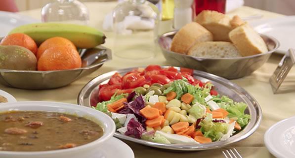 Mostra de menú saludable de la Residència Nazaret de Malgrat de Mar